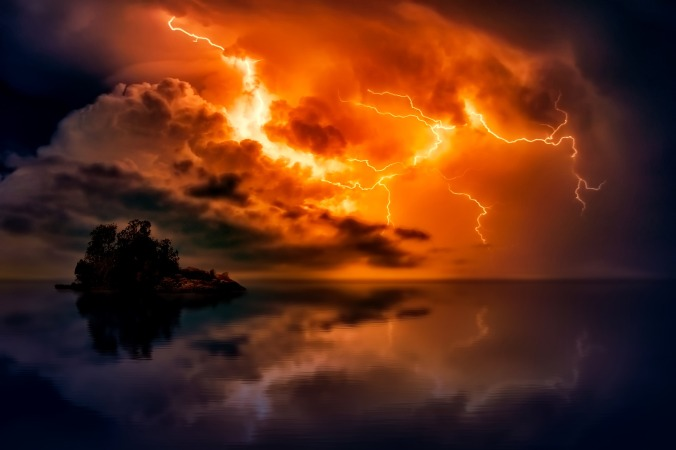 Picture of a storm over a sea from pixabay.com